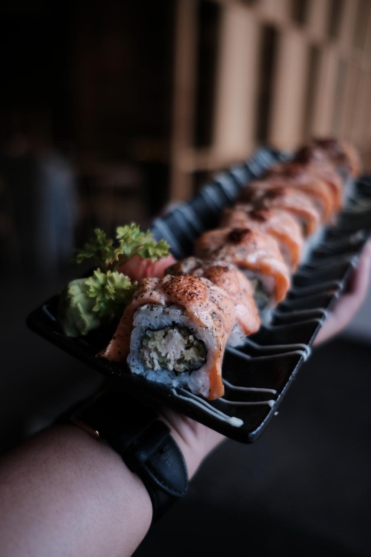 Salmon Crispy Mentai Sushi